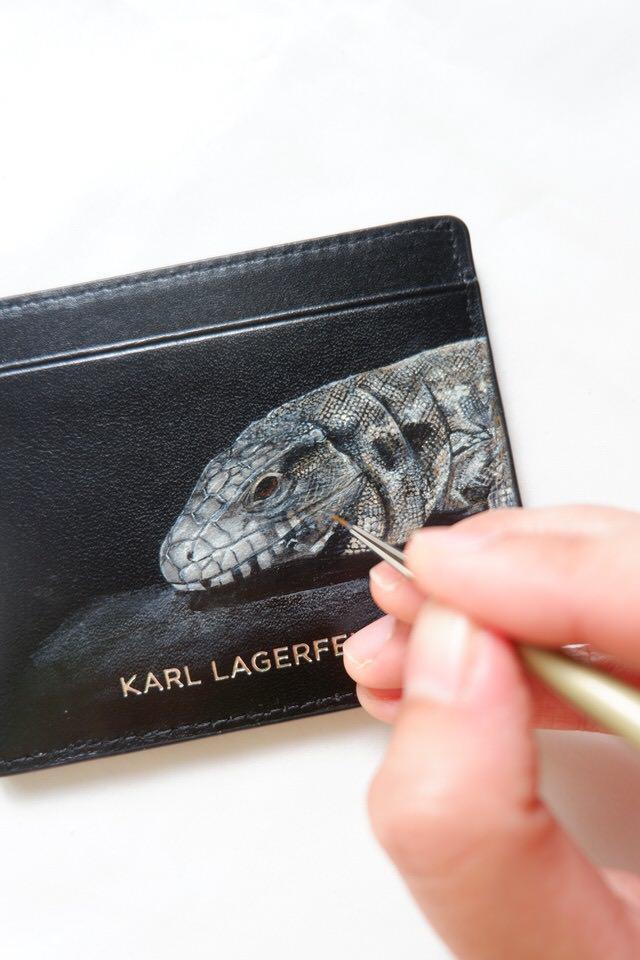 leather-painting-comodo-dragon