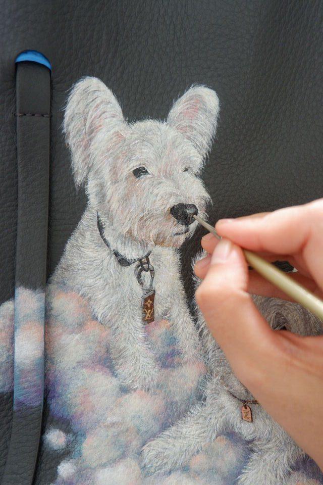 leather-painting-white-dog-brush